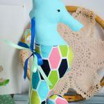 Konik morski ( turkus ) 25 cm