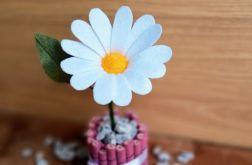 Margaretka - kwiat z filcu - różowa doniczka