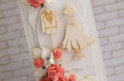 Ślubny komplet z koralowymi różami