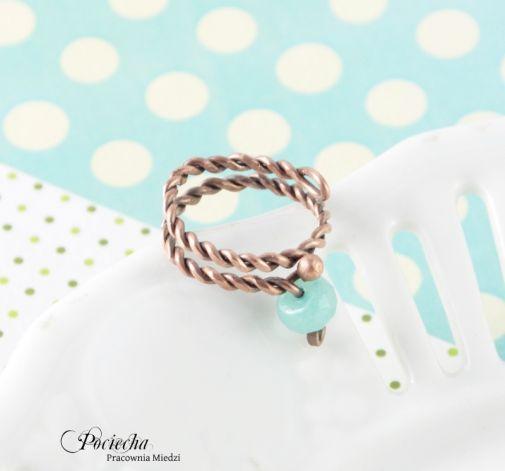 Pastelowy - pierścionek z jadeitem