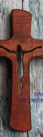 Krzyż z drewna