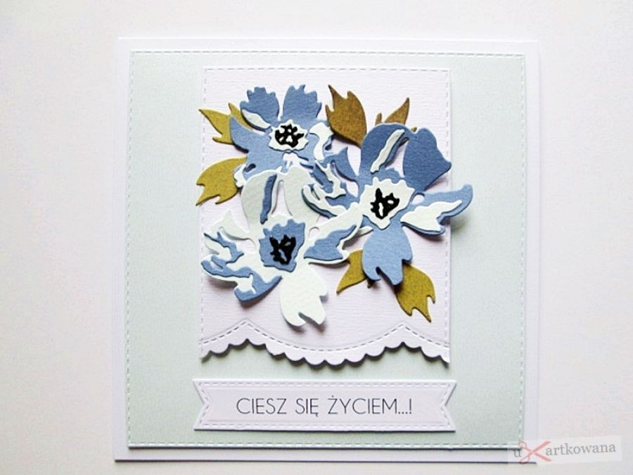 Kartka UNIWERSALNA z niebieskimi kwiatami - Kartka Uniwersalna z niebieskimi kwiatami