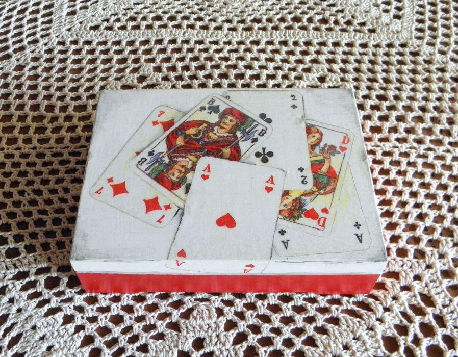 Pudełko na karty -