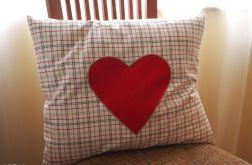 DUŻA poduszka w kratkę z sercem