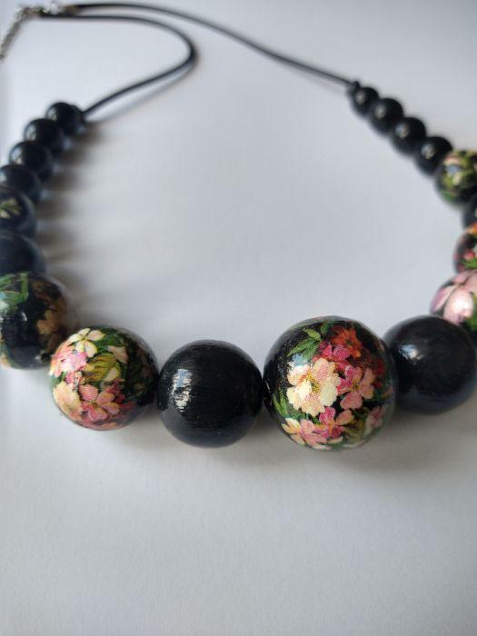 naszyjnik korale drewniane kwiaty retro I - detale