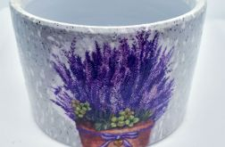 Porcelanowa osłonka na doniczkę lawenda