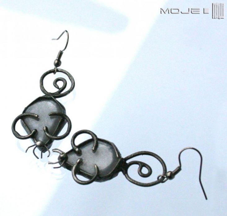 Szare myszki - szklane kolczyki