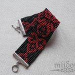 Czerwony ornament -