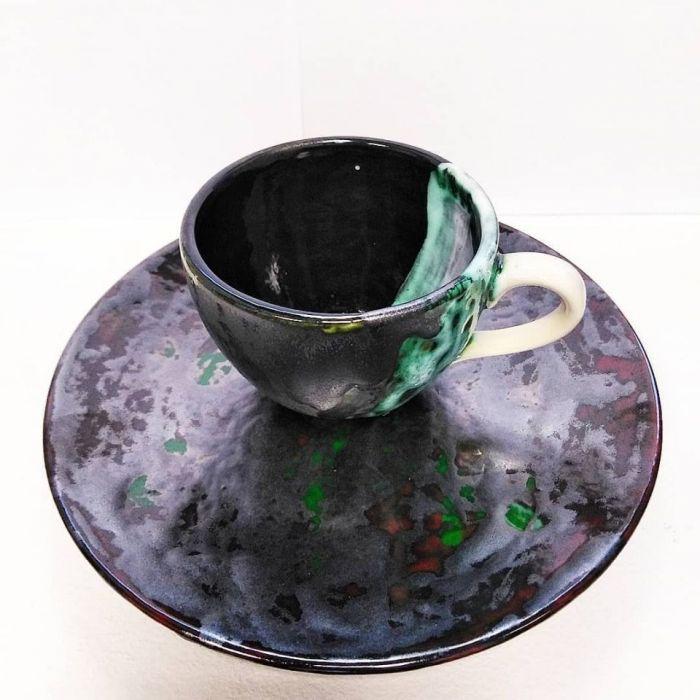 Ceramiczny zestaw deserowy - filiżanka_talerz  - szkliwa błyszczące oraz mat i chrom