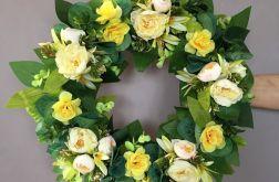 Wianek wiosenny kwiatowy żółty
