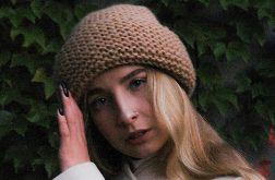 ciepła beżowa czapka