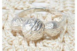 47 pierścionek vintage, srebrny, delikatny