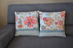 Dwie poszewki dekoracyjne - kwiatowe fantazje
