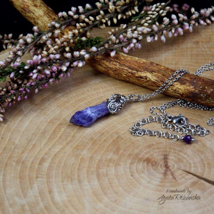 Wisiorek talizman kwarc tytanowy aura fioletowa - Wykonany techniką wire wrapping
