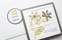 Kartka URODZINOWA beżowo-szare kwiaty