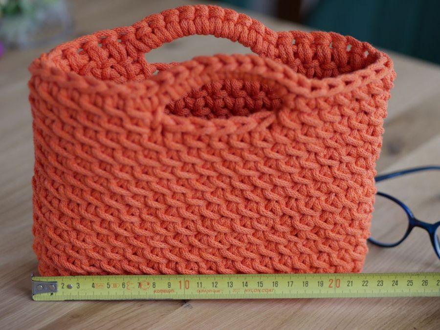 Mała torebka na szydełku ze sznurka pomarańczowa - NA bibeloty