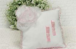 Poduszka pod obrączki w różu