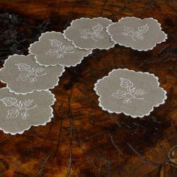 Serwetki okrągłe z szamotulskim haftem