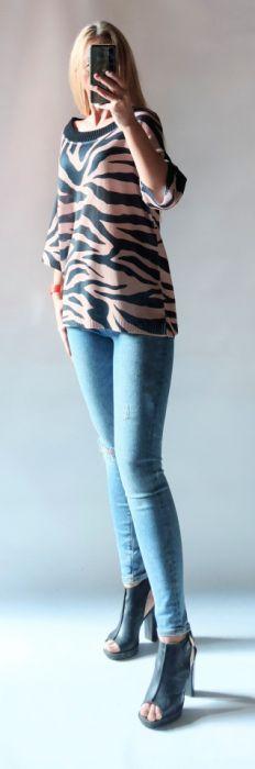 Sweter damski zebra. -