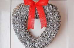 Serce - wianek z kryształami i perłami