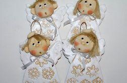 Świąteczne Anioły - Śniegu wiele...