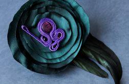 Broszka Maria Antonina - kwiat z sutaszem
