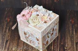 Romantyczny łososiowy box ślubny