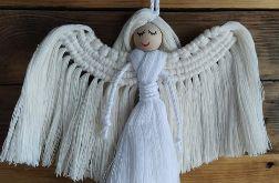 Anioł z makramy