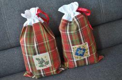 Świąteczny worek na prezent - w kratę z aplikacją