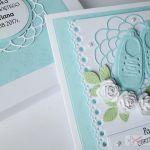 Kartka PAMIĄTKA CHRZTU z bucikami #10 /Z - Niebiesko-biała kartka na chrzest w pudełku