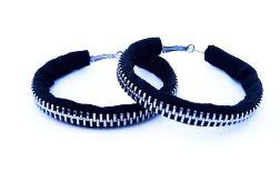 Designerskie czarne kolczyki koła - 6cm