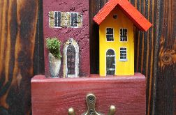 Wieszak na klucze - jesienne domki z chrobotkiem