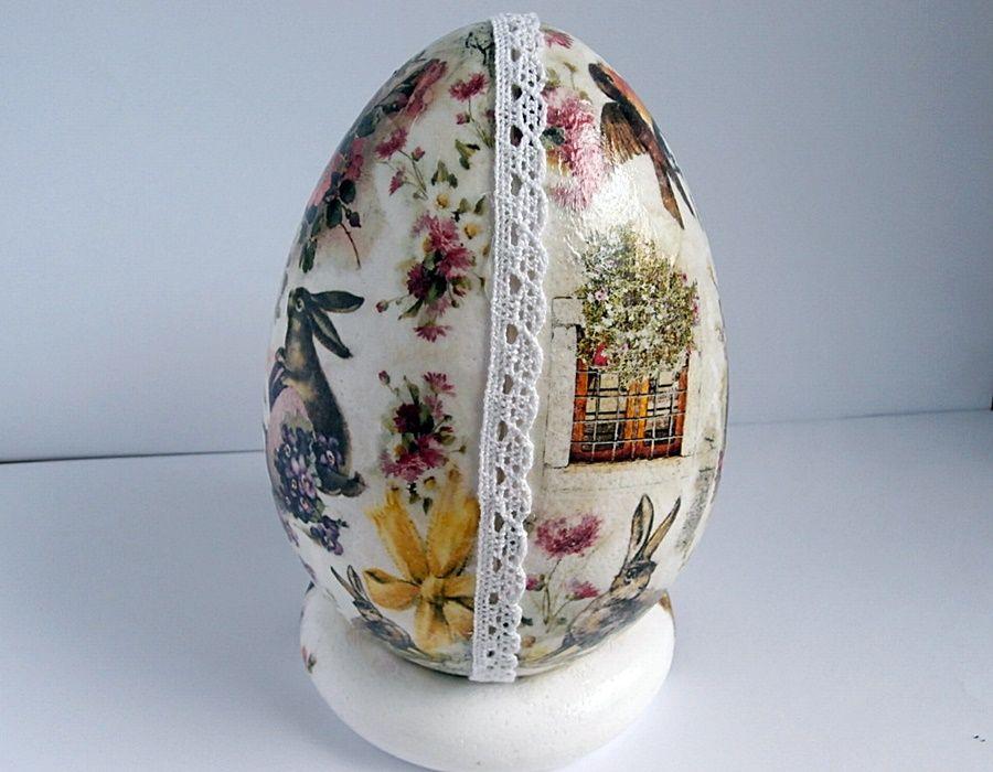 Jajo z zajączkami