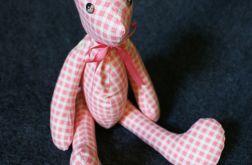Miś w różową kratkę