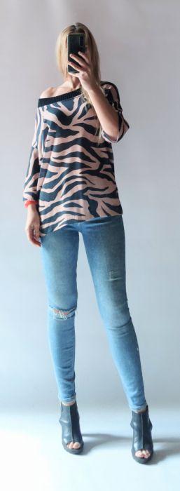 Sweter damski zebra.