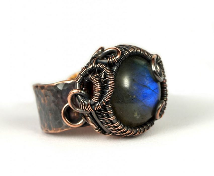 Regulowany pierścionek z labradorytem miedź - regulowany pierścionek wire wrapped