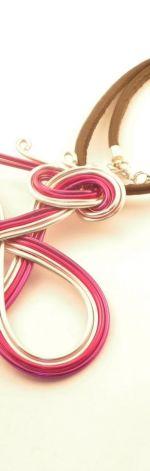 Wisior 4 kolory - różowy