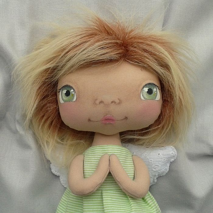 ANIOŁEK lalka - dekoracja tekstylna, OOAK/28 - mam zieloną sukieneczkę