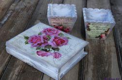 Romantyczna szkatułka w kształcie książki
