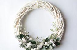 Wianek świąteczny biały