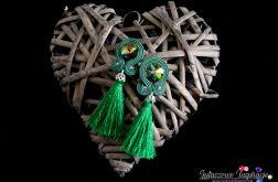 Długie zielone kolczyki sutasz z chwostami