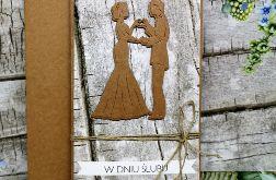 Kartka ślubna z motywem drewna 08
