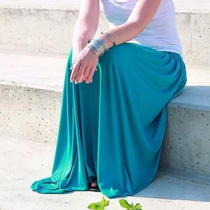 Spódnica długa lejąca się turkus