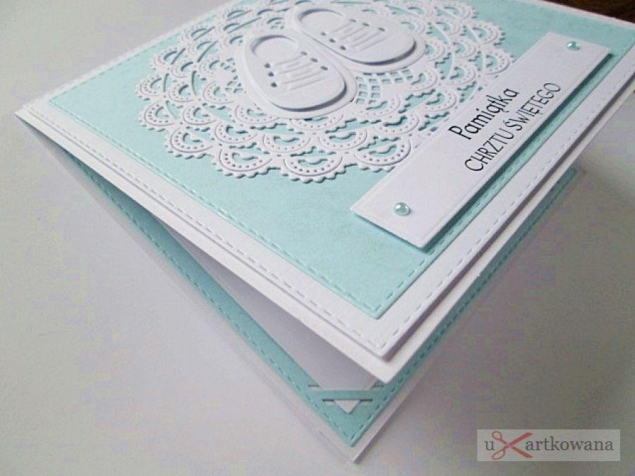 Kartka PAMIĄTKA CHRZTU biało-niebieska #1/Z - Biało-niebieska kartka na Chrzest w ozdobionej kopercie