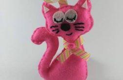 Różowy kotek