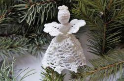 Świąteczny Aniołek z perełkami