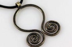 Spiralny - mosiężny wisiorek 210310-04