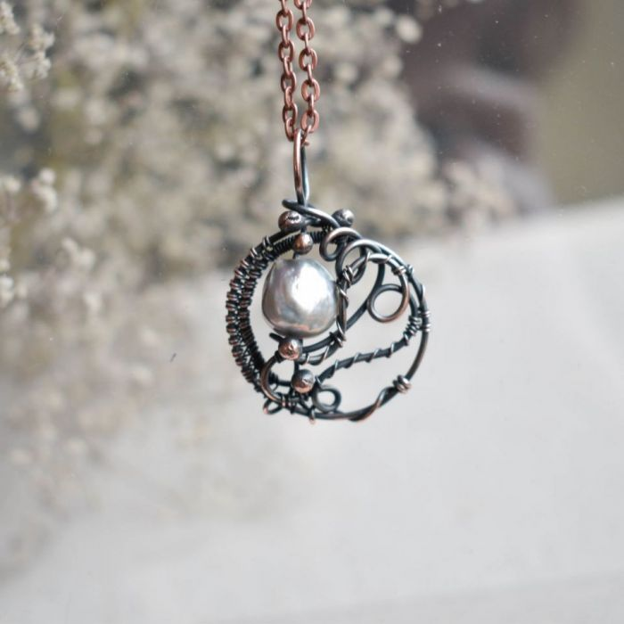 Z perłą - naszyjnik z wisiorem z perłą rzeczną -