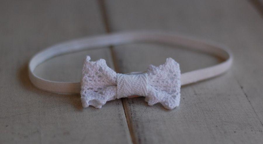 Opaska niemowlęca - Koronkowe, białe mini