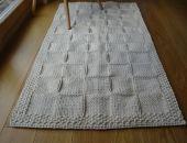 Kremowy dywanik ze sznurka